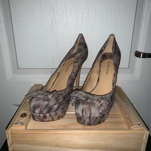 Gianni Bini Heels with Bow